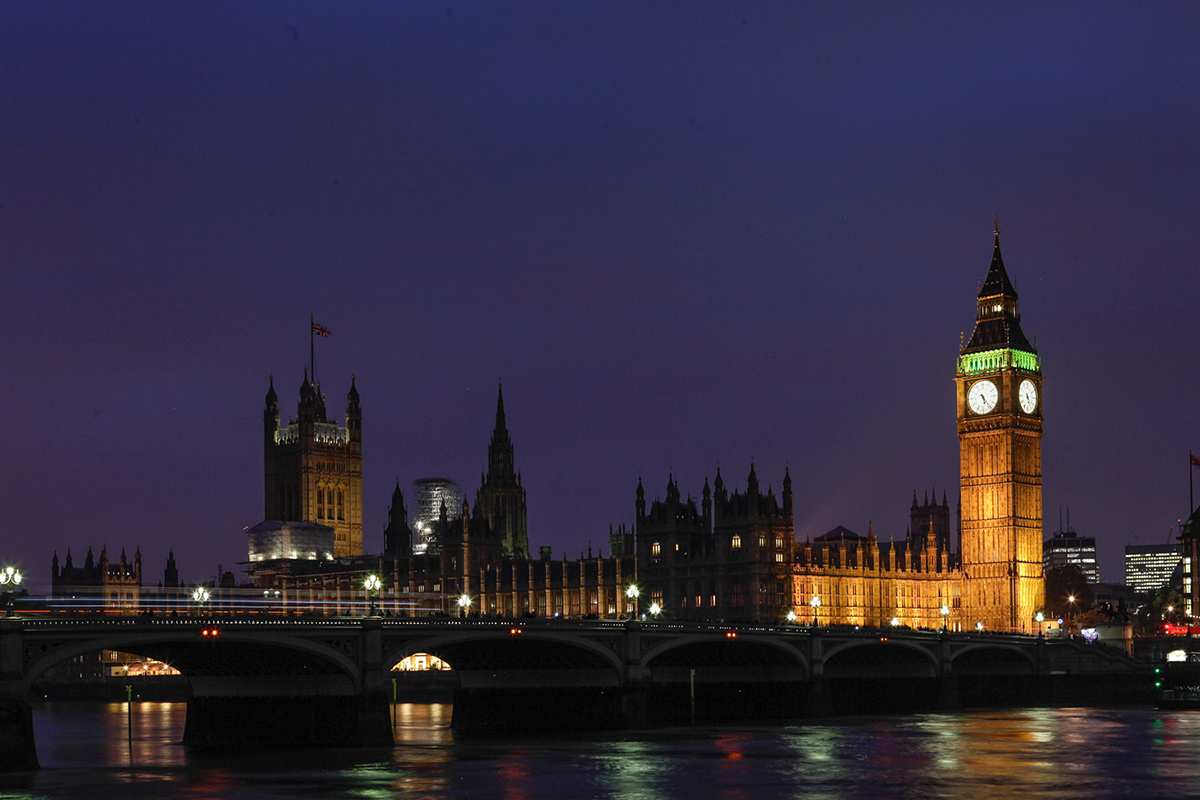 London, Travel, red Busses, Big Ben, Palace of Westminster, by night, Themse, Reisebericht, Reiseblogger, Fashionblogger, Hannover