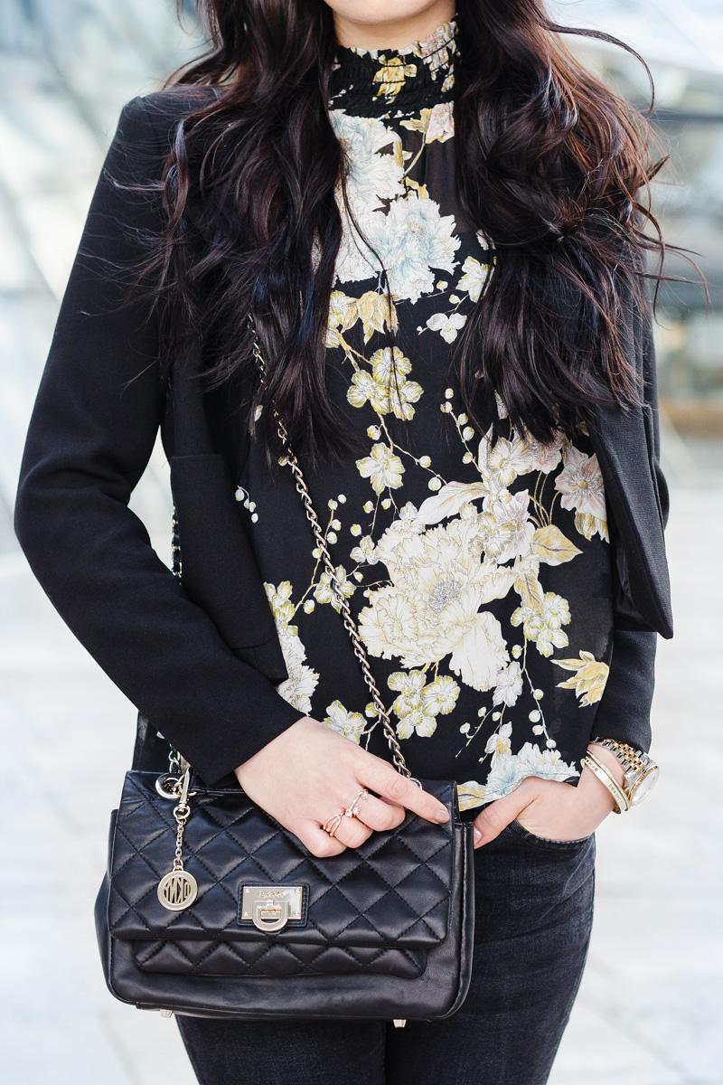 Bild HundM Chiffonbluse, Bluse, florales Muster, Fashion, Fashionblog, Shades of Ivory