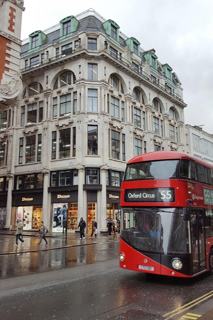 Bild London, roter Bus, Oxford Circus, Oxfordstreet, Travel